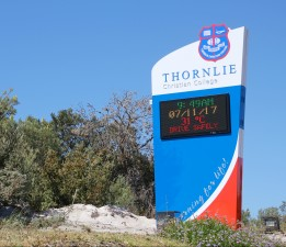 Outdoor School LED Message Sign - Thornlie College
